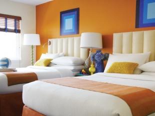 Hotel del Sol Room